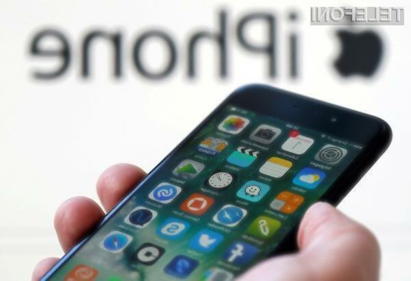 Apple za leto 2018 načrtuje 15,24-centimetrski iPhone