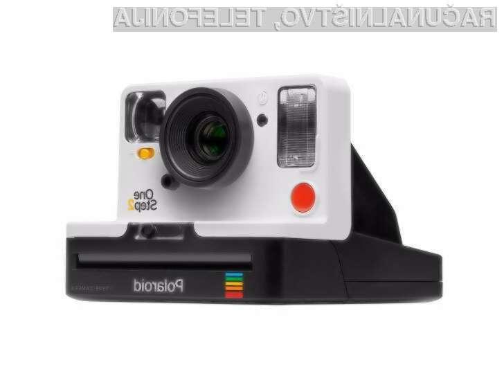 Polaroid izdal prenovljeno verzijo legendarnega fotoaparata