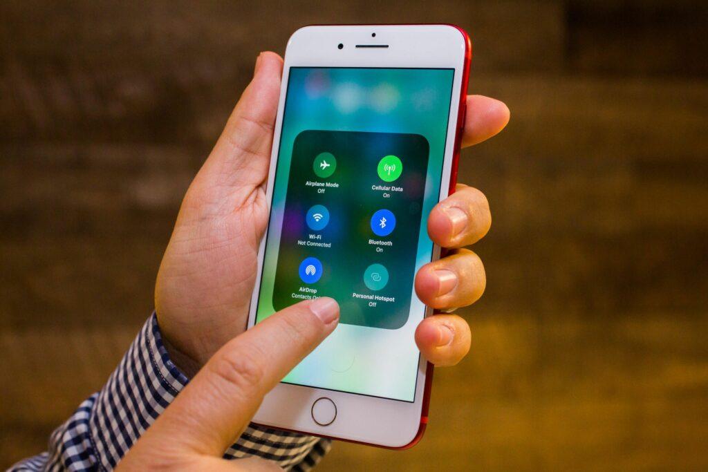 Novi iOS 11.0.1 odpravlja marsikatero pomanjkljivost njegovega predhodnika!