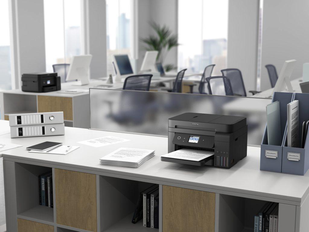 Epson je v Ljubljani predstavil nove tiskalnike, optične bralnike in projektorje