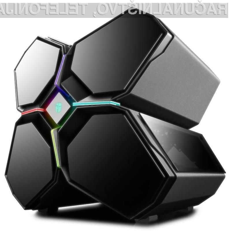 Pametno ohišje DeepCool QuadStellar je izdelano iz kombinacije jekla, aluminija in kaljenega stekla.