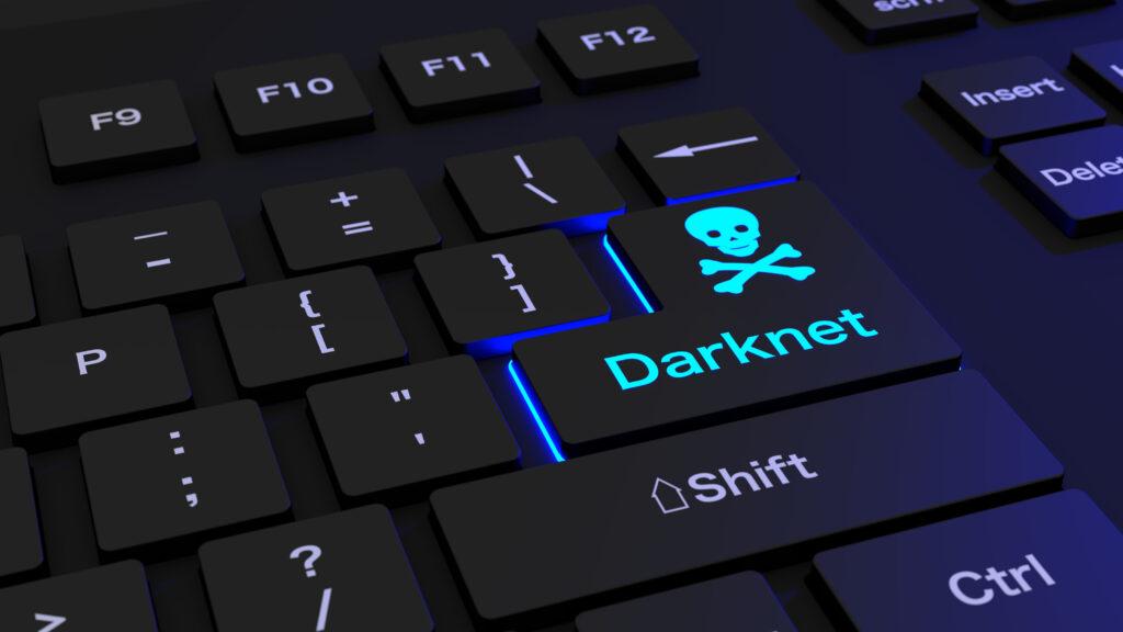 Ali veste, koliko so vredni vaši ukradeni podatki na temnem spletu?