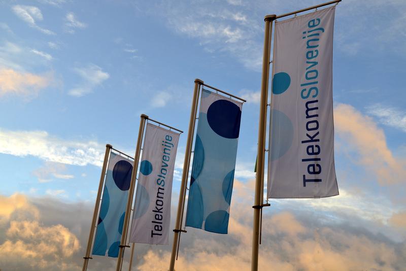 Telekom Slovenije je kot prvi slovenski operater prejel certifikat, s katerim izkazuje zanesljivost in naprednost omrežja