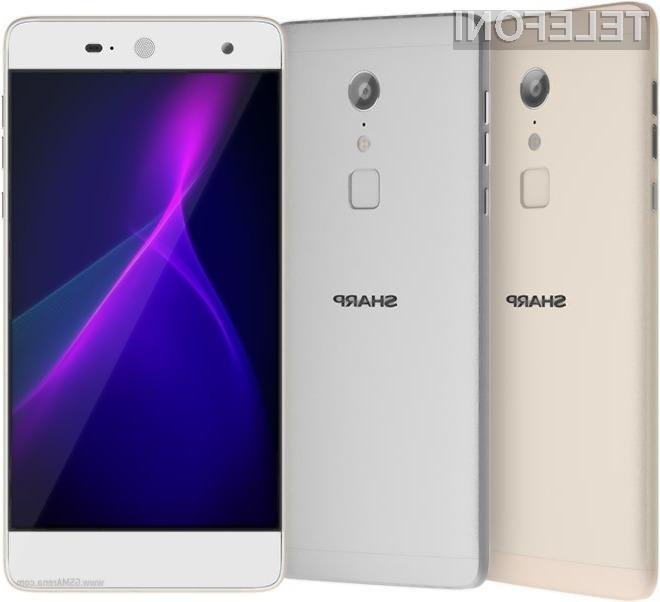 Trendi telefon Sharp za dostopno ceno!
