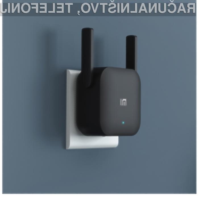 Ojačevalnik brezžičnega signala Xiaomi WiFi Amplifier Pro bo poskrbel za dober sprejem po celotnem stanovanju.