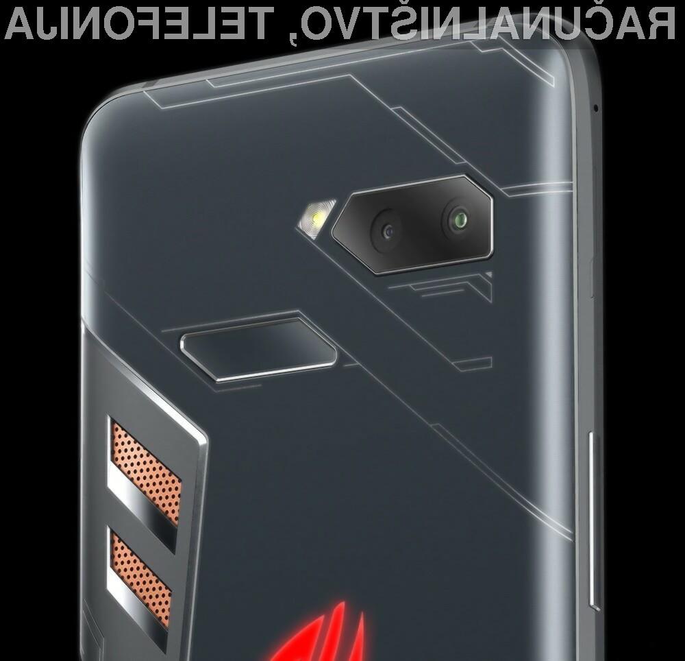 Nova modela pametnega mobilnega telefona ROG Phone naj bi bila cenovno nekoliko bolj dostopna.