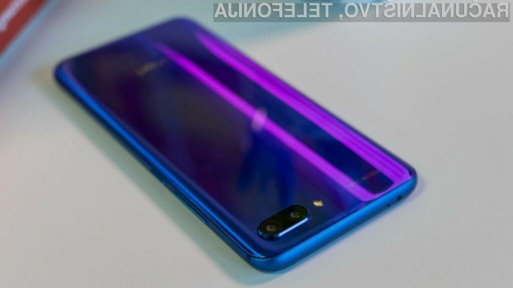 Novi Huawei Honor 10 gre v prodajo kot za stavo!