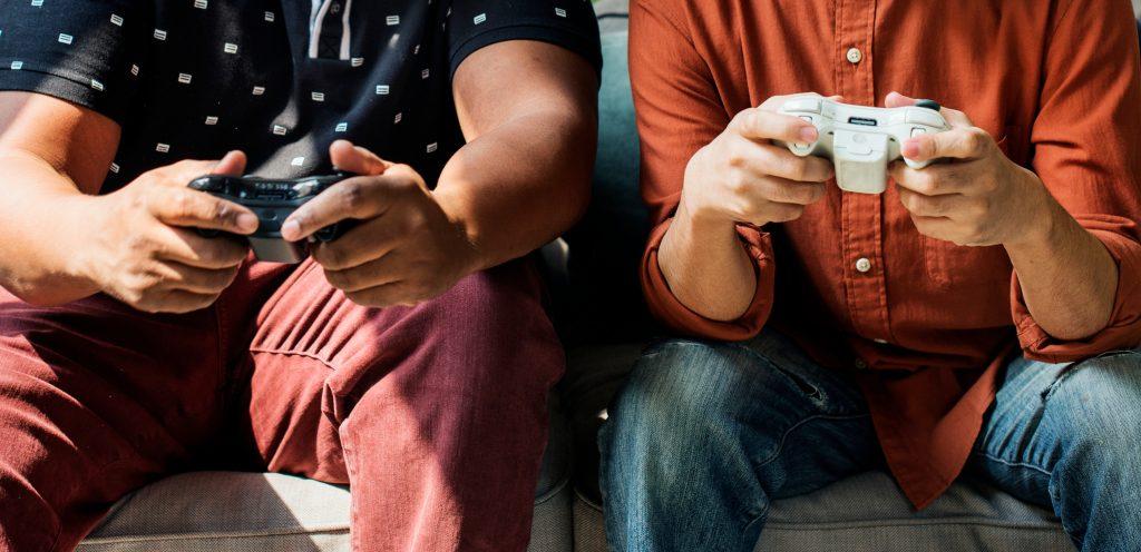 Igranje video iger