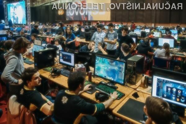 Štiridnevno dogajanje je svoj vrhunec doživelo v petek in soboto, ko so poleg predstavitve glavnih ponudnikov gamerske opreme in iger sejem preplavili tekmovalci EPICENTRA LAN17.