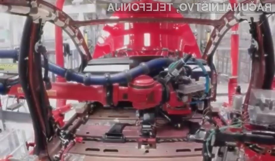 Postopek izdelave električnega avtomobila Tesla Model 3 je nadvse zanimiv.
