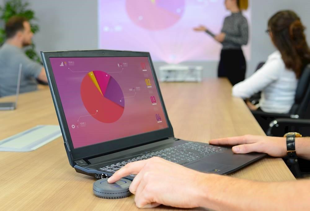 Vzpostavitev prezentacije in sestankov je veliko hitrejša in učinkovitejša.