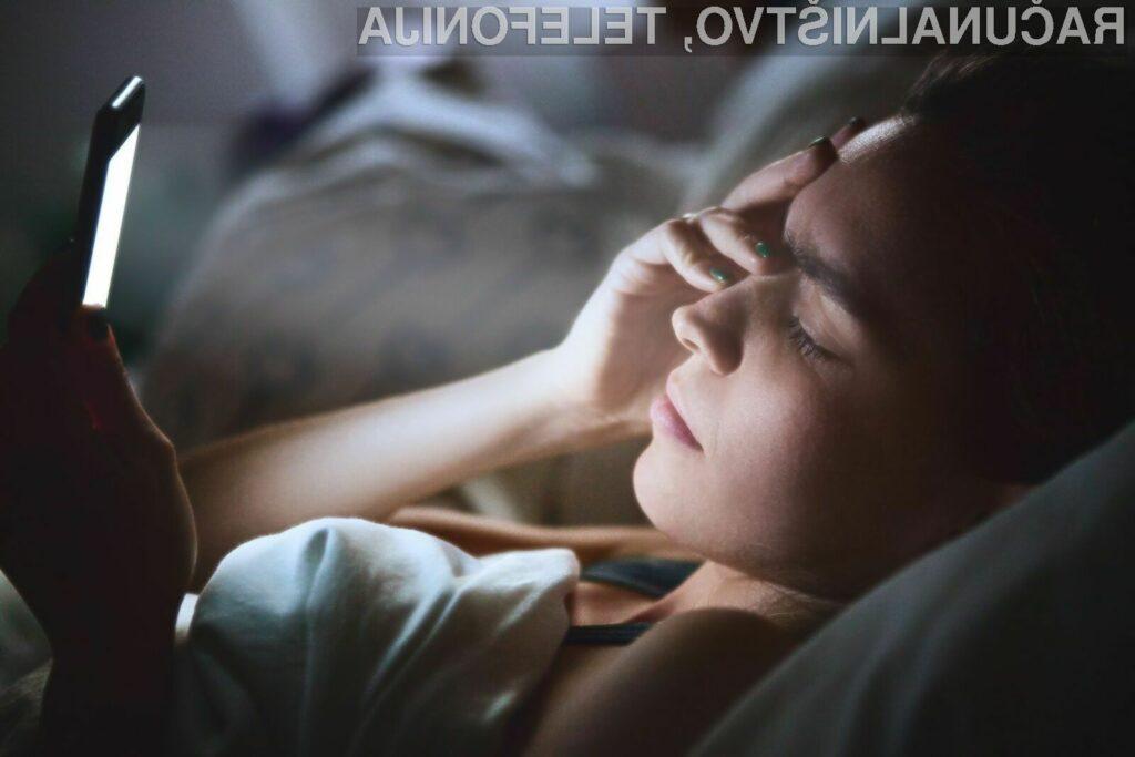 Najstniki, ki preveč časa preživijo na družbenih omrežjih, imajo večjo možnost za razvoj depresije.