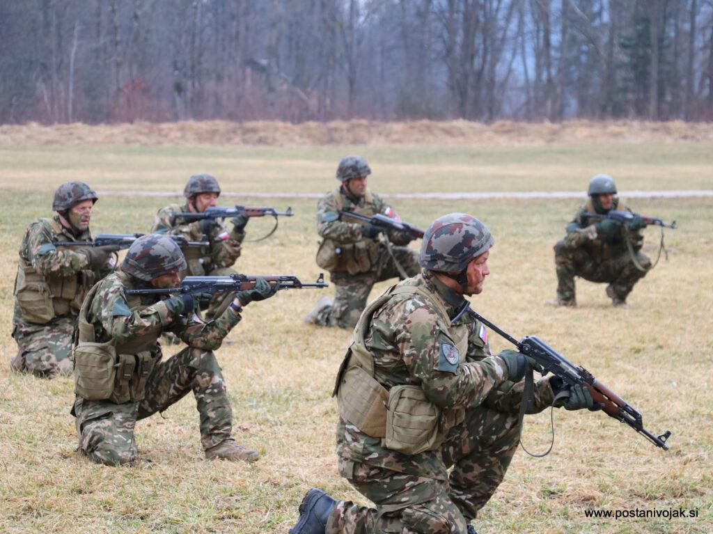 Vojska kot odlična priložnost