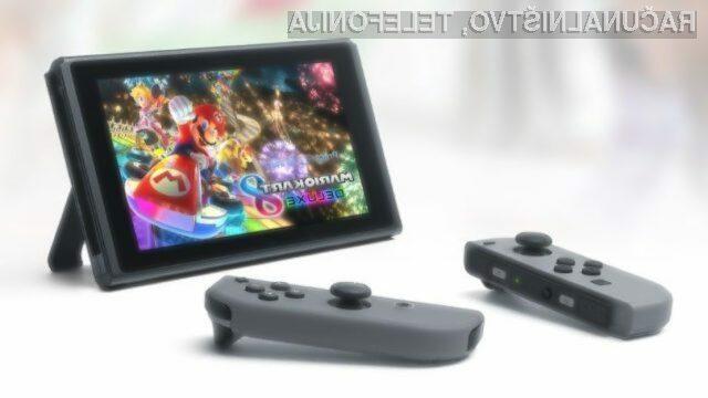 Prenosna igralna konzola Nintendo Switch Lite bo namenjena predvsem igranju iger na poti.