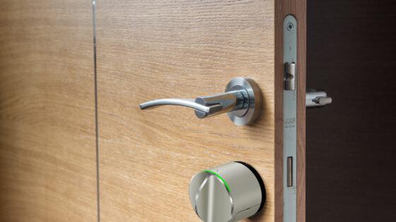 Pametna ključavnica za vhodna vrata