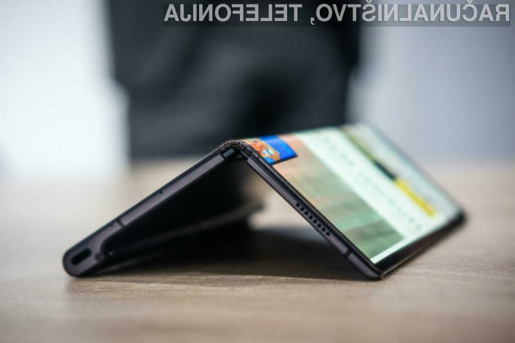 Tri ovire, ki jih morajo premagati upogljivi telefoni kot sta Samsung Galaxy Fold in Huawei Mate