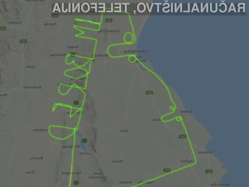 """Avstralski pilot je med skupno triurnim letom zapisal sporočilo »IM BORED""""."""