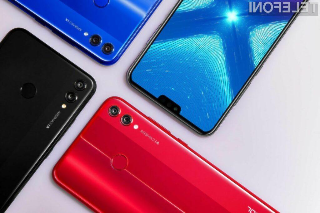 Pametni mobilni telefon Huawei Honor 8X je kljub nizki maloprodajni ceni namreč primeren tudi za najzahtevnejše uporabnike.