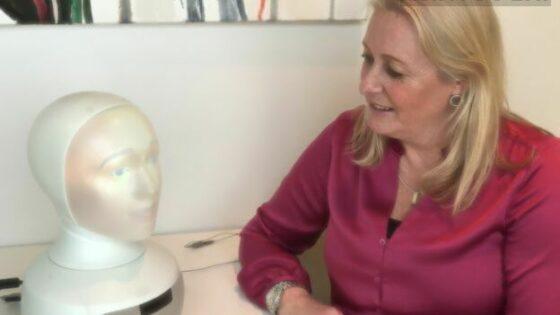Spoznajte robota, ki bo vodil vaš naslednji razgovor za službo