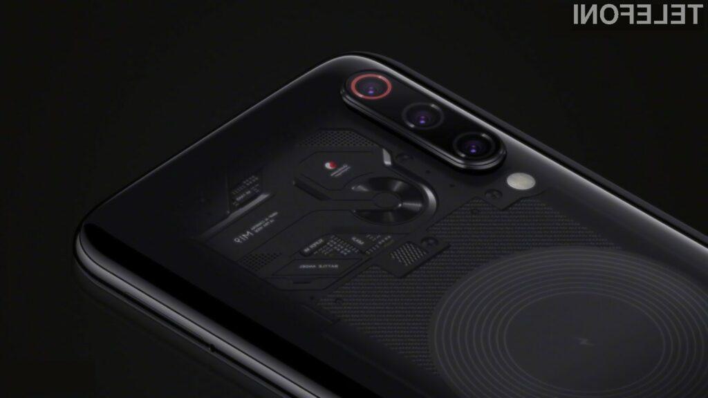 Trenutno najzmogljivejši pametni mobilni telefon Android je Xiaomi Mi 9 Transparent Edition.