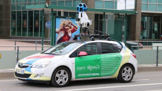 Google svoje posnetke redno posodablja zaradi nenehnega razvoja infrastrukture - tako uporabnikom olajša načrtovanje poti.