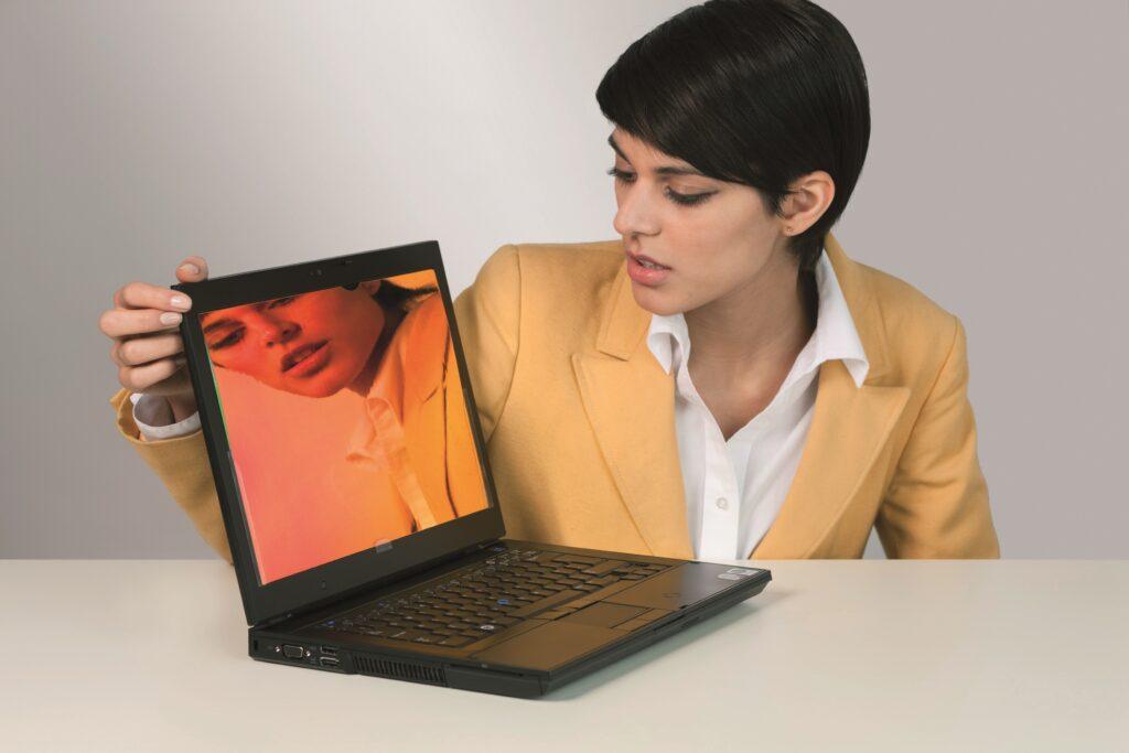 S filtrom za zasebnost boste zaslon videli samo vi