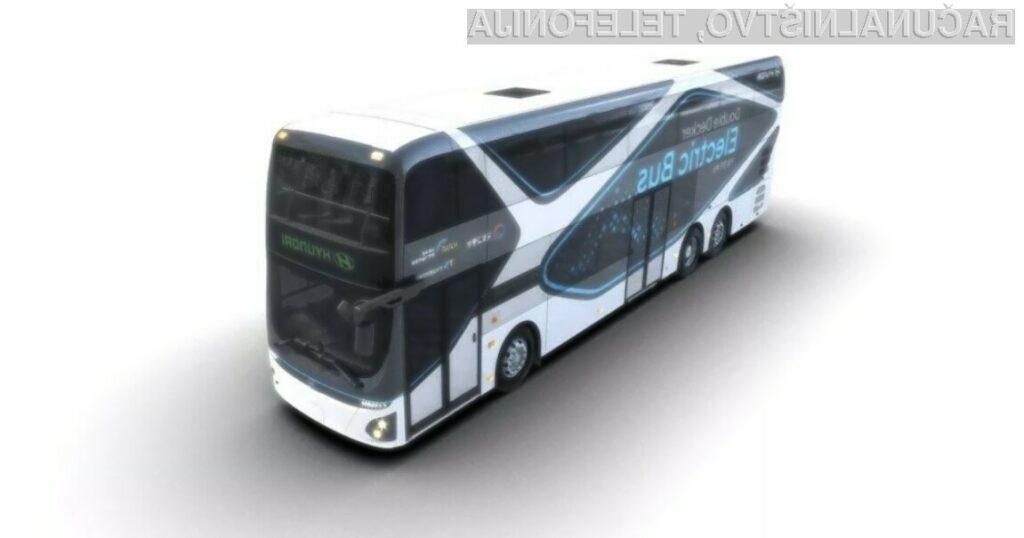 Električni dvonadstropni avtobus lahko pelje do 70 potnikov in ima avtonomijo do 300 kilometrov.