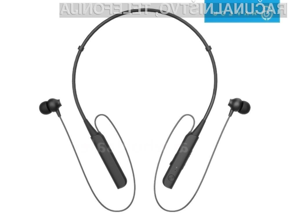 Slušalke Haylou C10 nosimo okoli vratu in so za nameček še vodotesne.