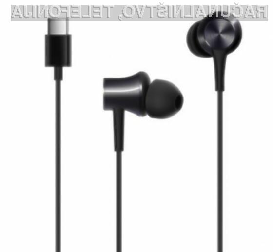 Slušalke MI Xiaomi z USB Type-C vtičem.