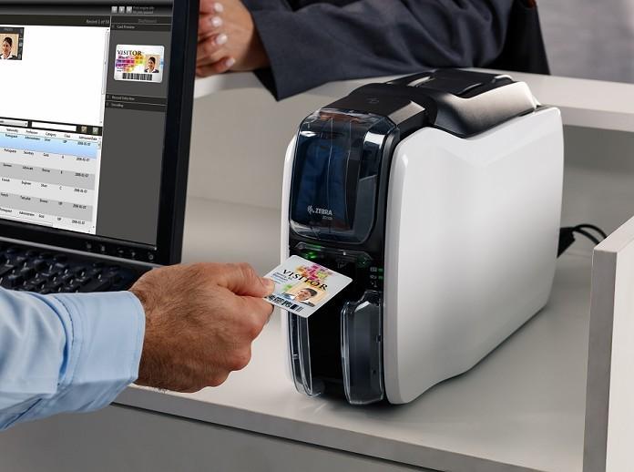 Na kaj morate misliti, ko kupujete tiskalnik PVC kartic