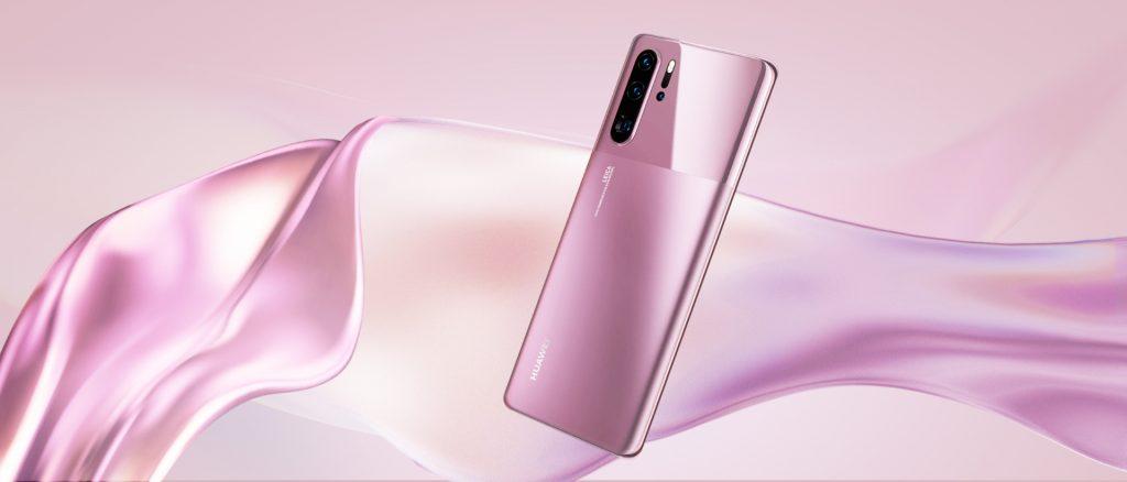 Z novim dizajnom in barvami, novi Huawei P30 Pro postavlja nove smernice estetike
