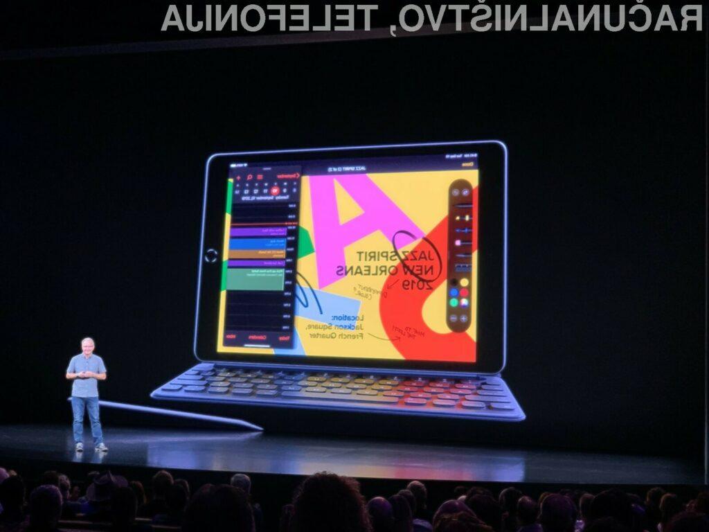 Novi tablični računalnik Apple iPad 10,2 omogoča hiter priklop fizične tipkovnice.