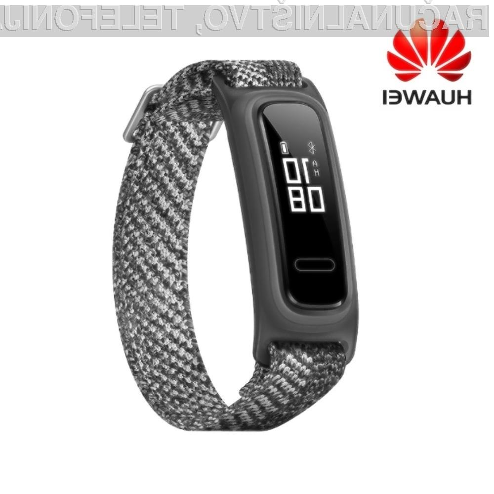 Pametna zapestnica Huawei Band 4e je lahko naša že za zgolj 19,99 evrov.