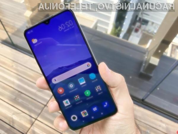 Novi Xiaomi Mi 9 Lite navdušuje v vseh pogledih.