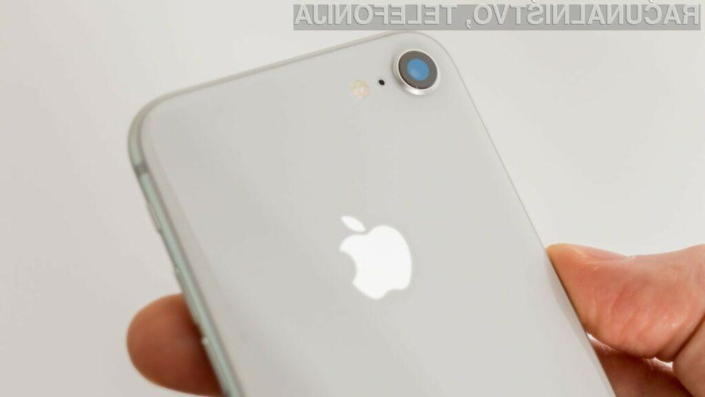 Množična proizvodnja pametnega mobilnega telefona Apple iPhone SE 2 naj bi se pričela šele na začetku prihodnjega leta.