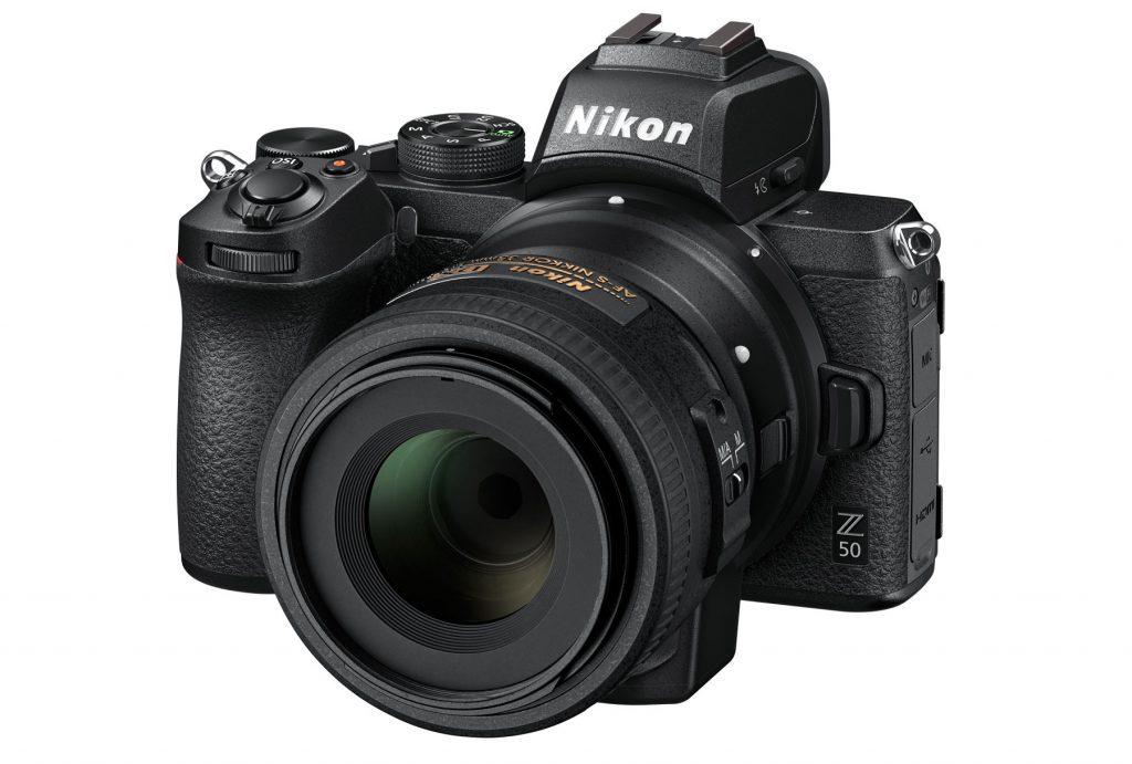 Nikon Z 50 je prvi brezzrcalni fotoaparat serije Z formata DX