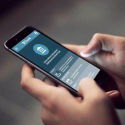 Zmagovalec natečaja Premik naprej 2019 je FURS z mobilno aplikacijo e-Davki