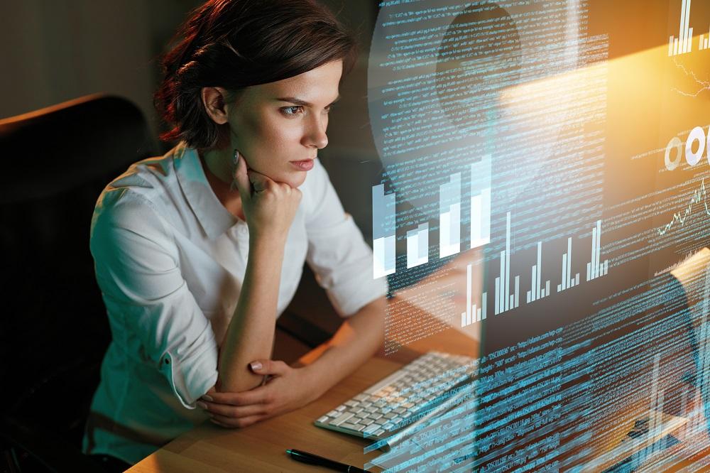 Razkorak med spoloma v digitalni industriji je še vedno velik