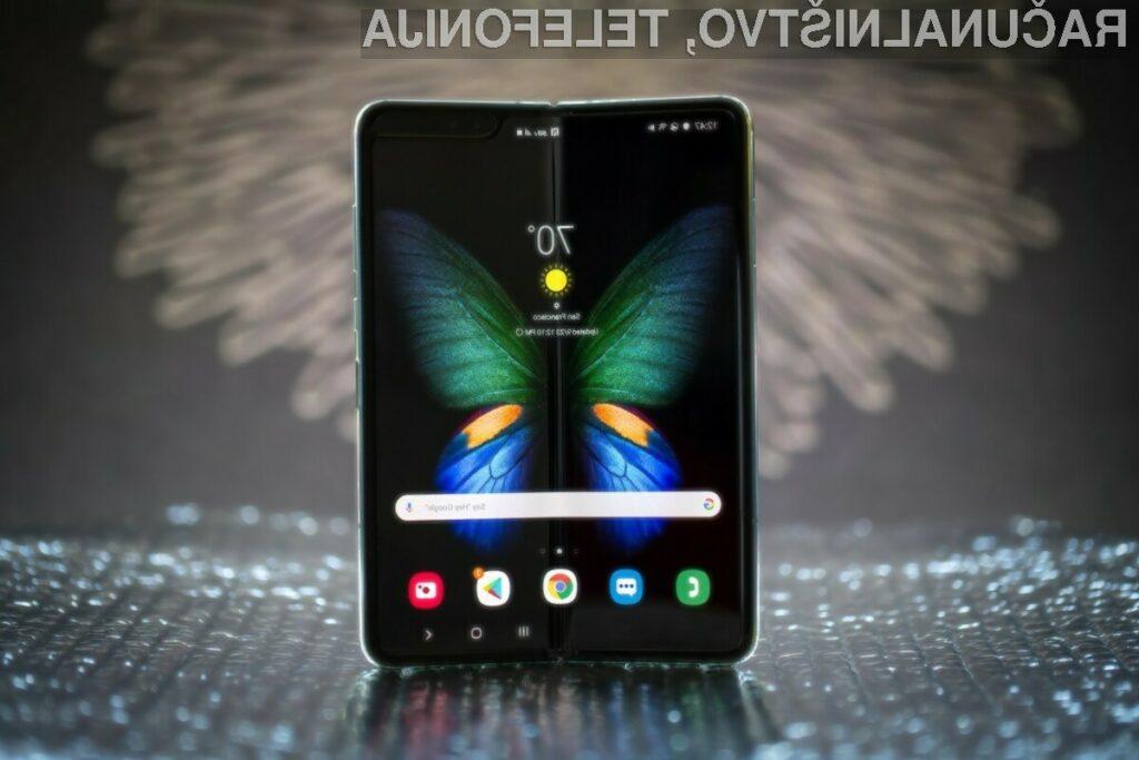 Odlična prodaja pregrešno draga pregrešno dragega telefona Samsung Galaxy Fold!