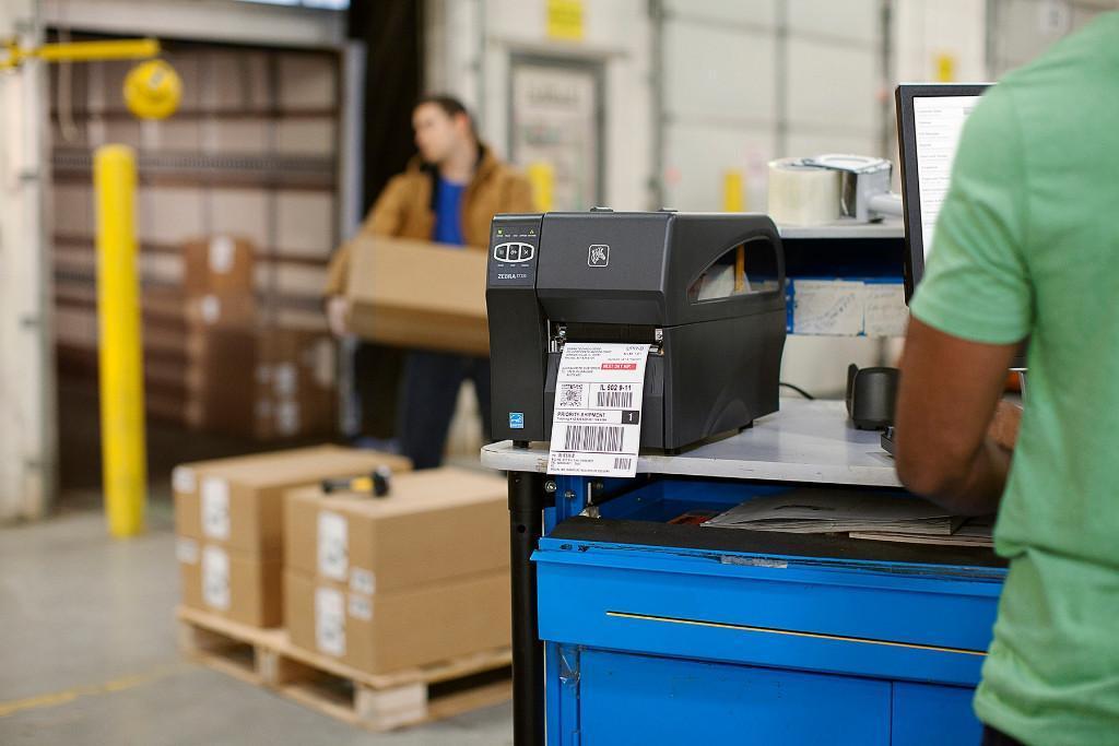 Kako natisniti večjo količino nalepk za vaše podjetje