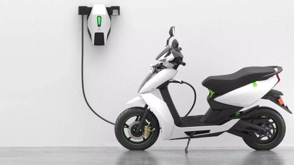 Električni skuter Ather Energy Ather 450x je zdaleč pred konkurenco!