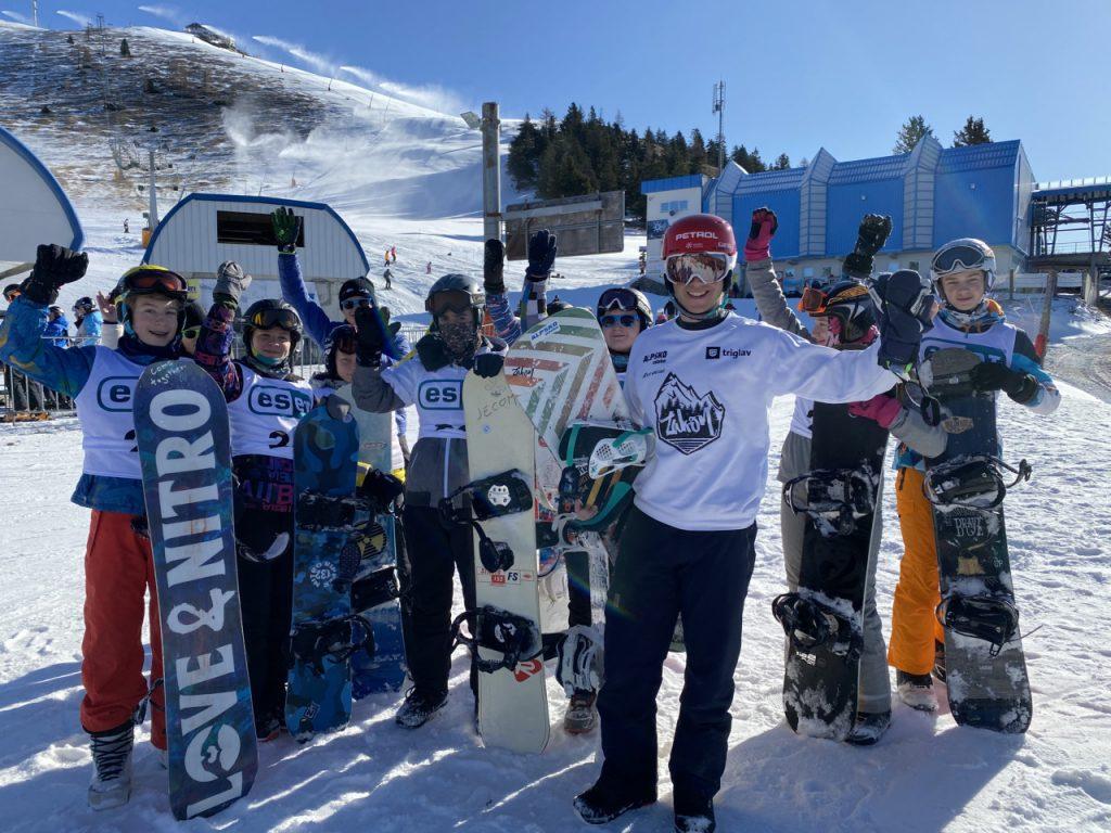 Osnovnošolci z Raven na Koroškem in Kranja zmagovalci natečaja o varnosti na spletu ESET zimski dan