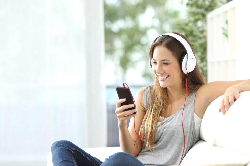 Pet najboljših aplikacij za preganjanje dolgočasja