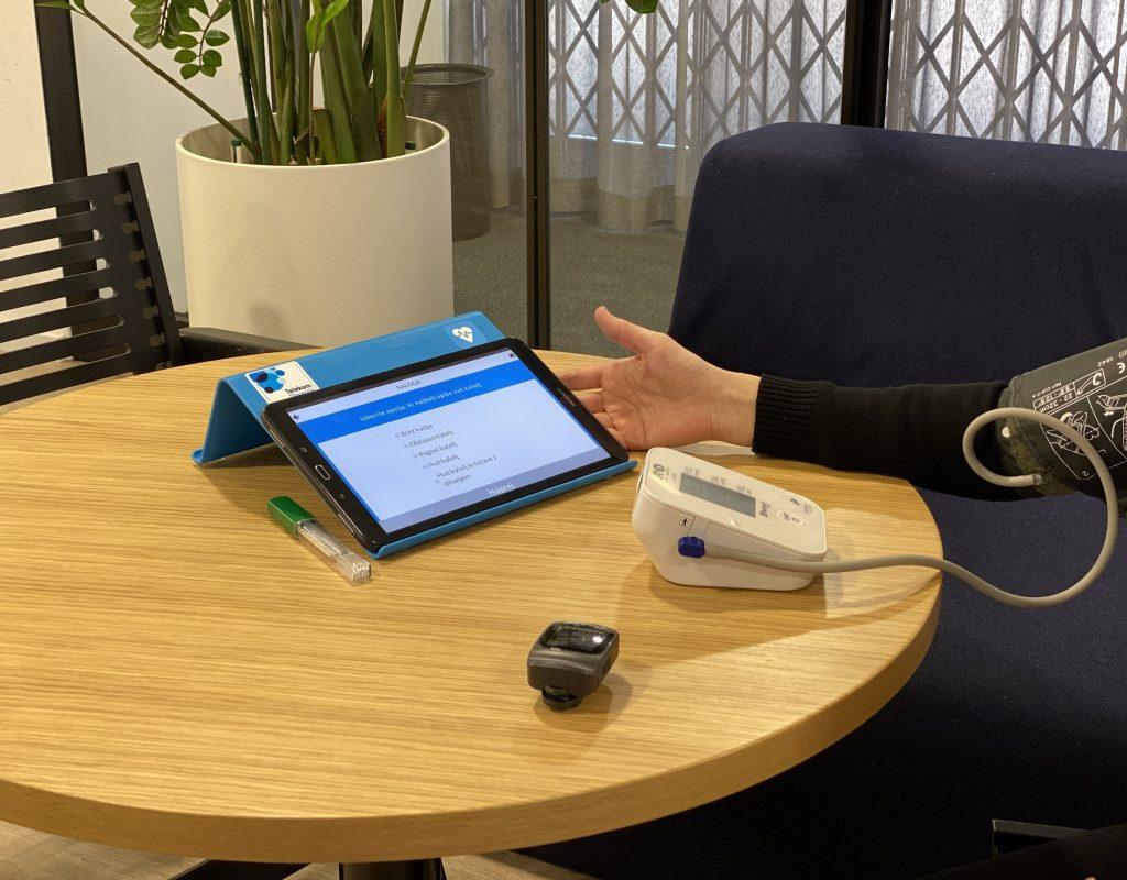 Telekom Slovenije z rešitvijo, ki omogoča spremljanje bolnikov s koronavirusom na daljavo