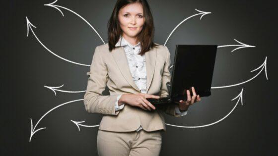Ključne stvari, ki jih moramo poznati o novi HR tehnologiji (in 3 načini, kako prepričati umetno inteligenco)