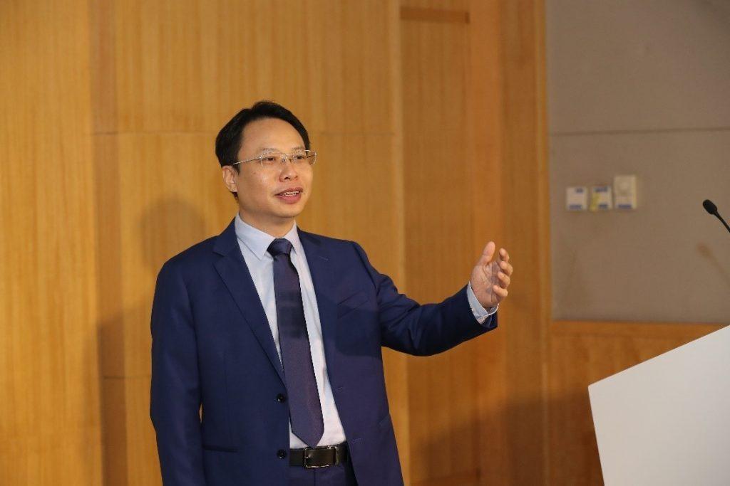 Huawei gradi brezhibno z umetno inteligenco podprto življenje