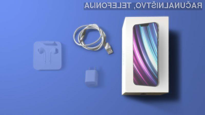 Novi Apple iPhone 12 naj bi bil naprodaj tako brez polnilca kot brez slušalk.