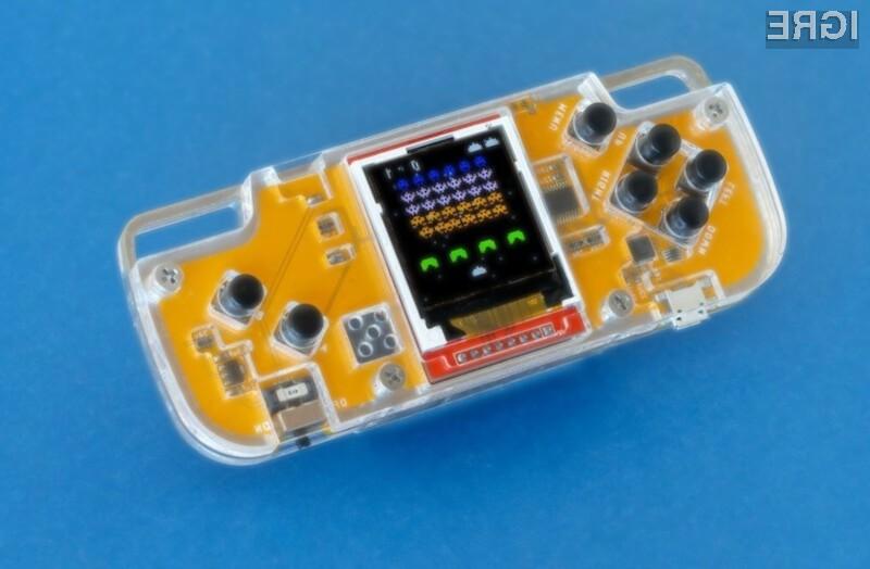 Prenosna igralna konzola CircuitMess Nibble je namenjena inovativnim posameznikom.