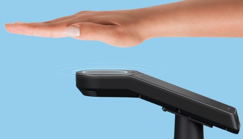Plačevanje z dlanmi naj bi znatno pohitrilo nakupovanja!
