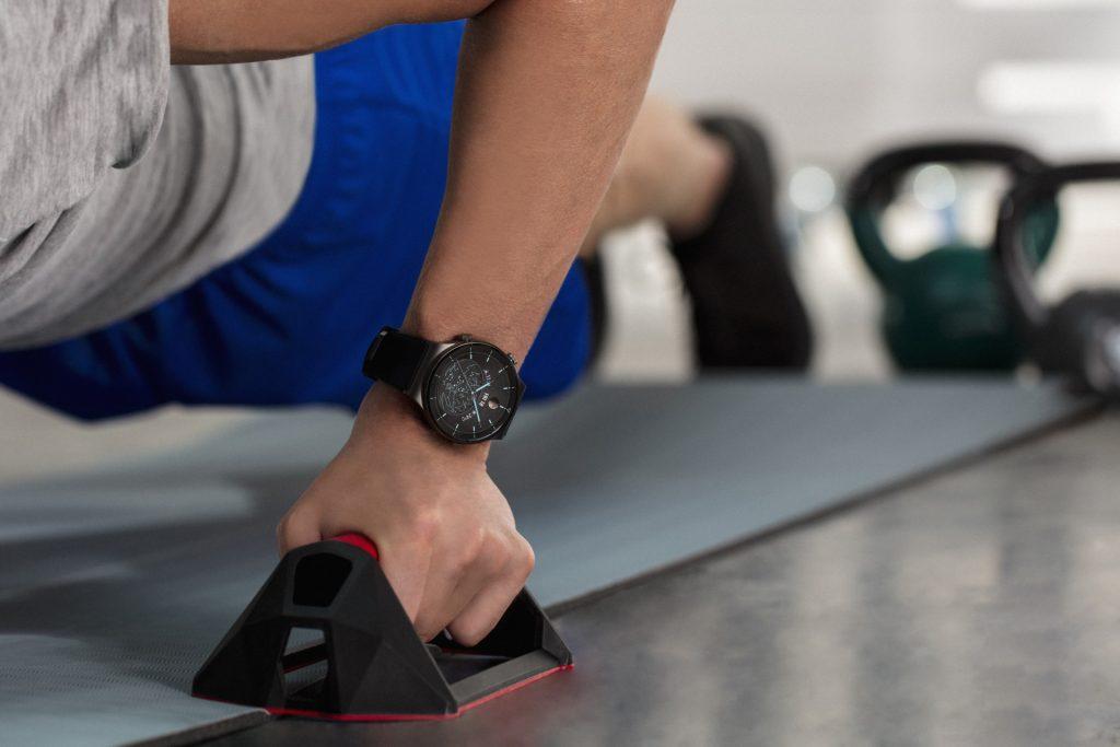 Preverite, kako vam Watch GT 2 Pro pomaga pri športnem napredku